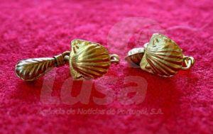 Gli orecchini d'oro trovati a Krushare (BGNES)