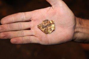 Uno degli oggetti trovati (BGNES)