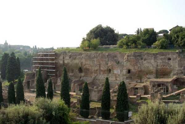 L'angolo del Palatino sottoposto ad analisi di consolidamento e dove è stato effettuato lo scavo (beniculturali.it)