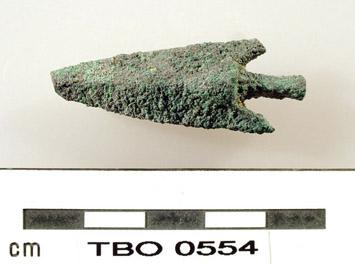 Una punta di freccia in bronzo (Tell el-Borg Archaeological Project)