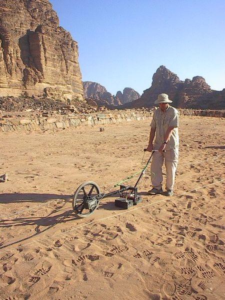 Un rilevamento gpr nel sito di wadi ramm, in giordania (wiki)