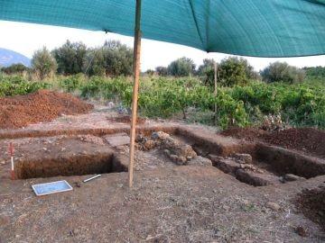 Area di scavo sulla Trapeza curata dai ricercatori udinesi (Università degli Studi di Udine)