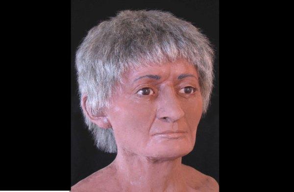 La donna più anziana, morta tra i 30 e i 50 anni di età (McGill University)