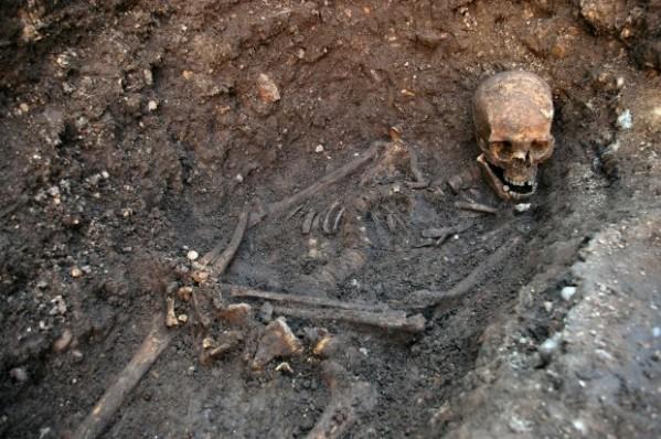 Lo scheletro di Riccardo così come è stato trovato dagli archeologi (University of Leicester)