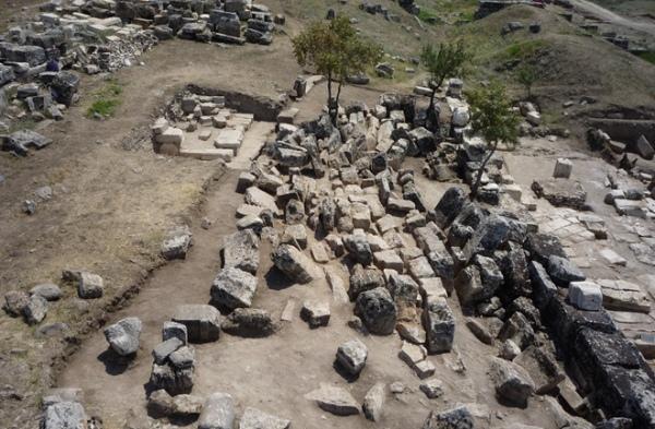 Resti di Hierapolis (Francesco D'Andria)
