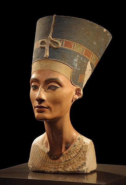 Busto di Nefertiti a Berlino (wiki)