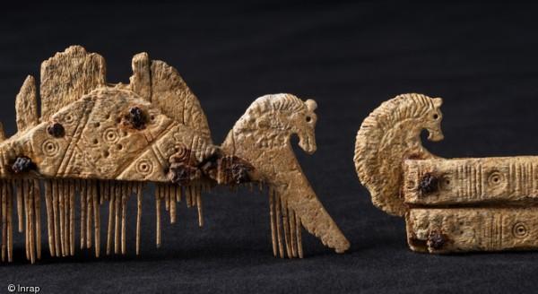 Un cranio allungato scoperto in francia il fatto storico for Specchio antico rovinato