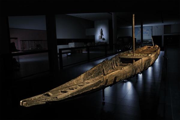 (Rémi Bénali, Musée Départemental Arles Antique)
