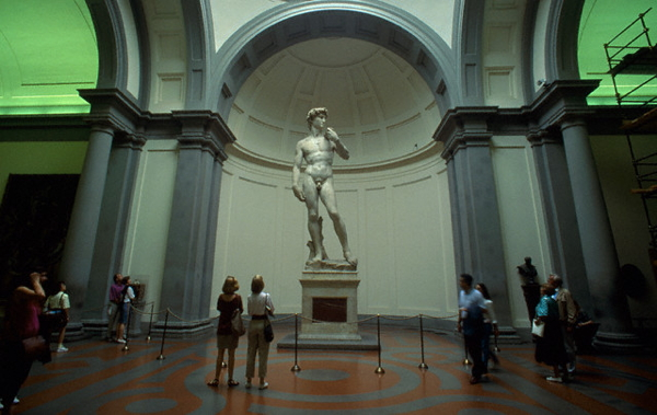 Il David di Michelangelo nella Galleria dell'Accademia a Firenze (Atlantide Phototravel/Corbis)
