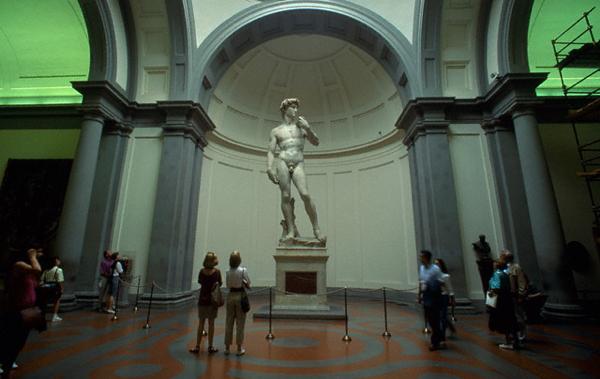 Il David di Michelangelo nella Galleria dell'Accademia a Firenze (Atlantide Phototravel/Corbis)