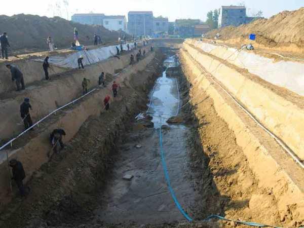 (Ibid, Shangqiu Nanguan Section of Tongji Canal - The Grand Canal)