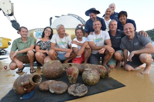 Mario Arena con la squadra della missione (Ingemar Lundgren / Global Underwater Explorer)