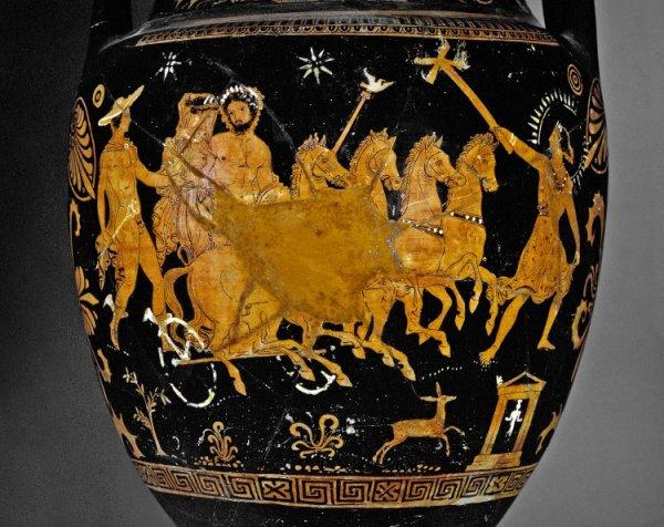 Il rapimento di Persefone è noto nell'arte greca. Questo vaso scoperto in Italia, ora al British Museum, mostra Ade che rapisce Persefone su una quadriga seguiti da Ermes (The Trustees of the British Museum)