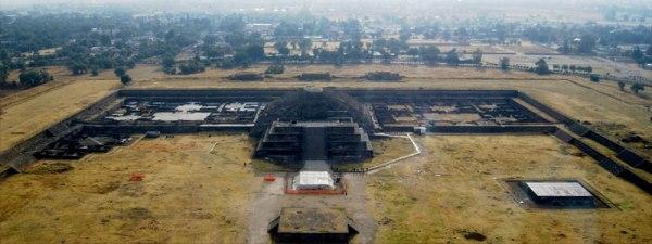 Il tempio di Quetzalcóatl (INAH)