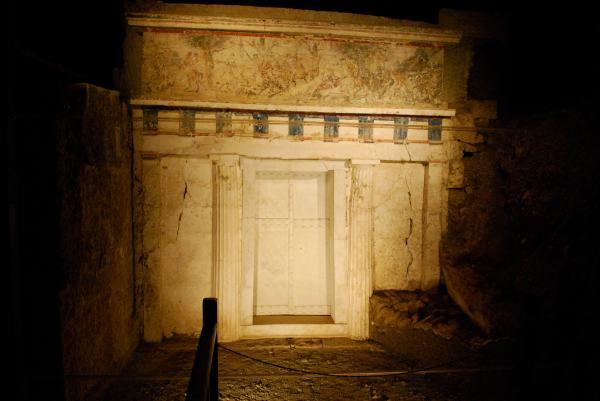"""La controversa """"Tomba di Filippo II"""" a Verghina (Sarah Murray)"""