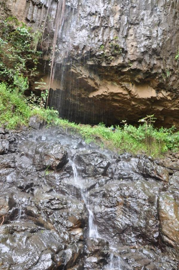 La grotta di Mota (Kathryn and John Arthur)