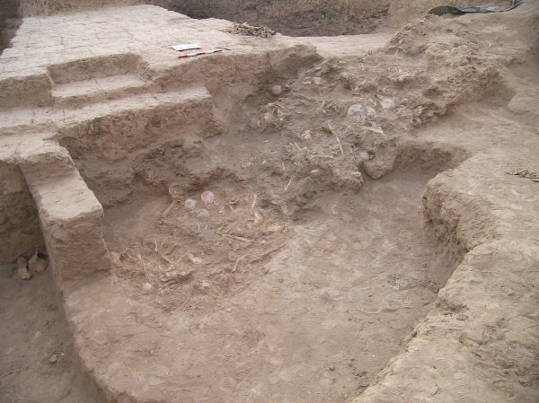 La fossa comune di Haft Tappeh (Behzad Mofidi-Nasrabadi)