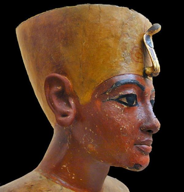 Il busto di Tutankhamon (Jean-Pierre Dalbéra, CC Attribution 2.0 Generic.)