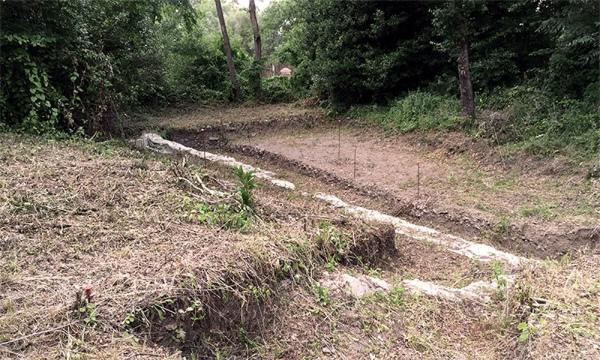 L'area prima dello scavo (Kevin MacNichol)