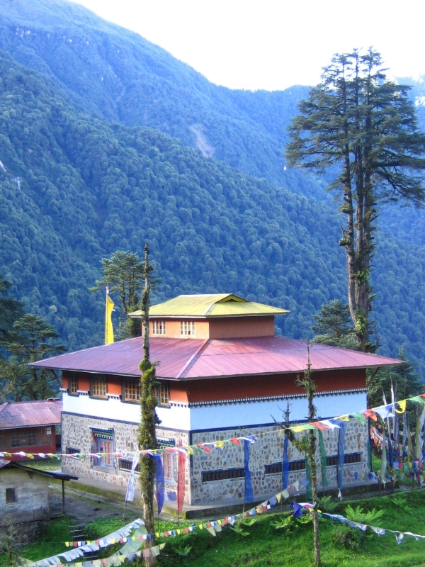 Khangchendzonga National Park: Tholung monastery in the buffer zone of KBR (FEWMD)