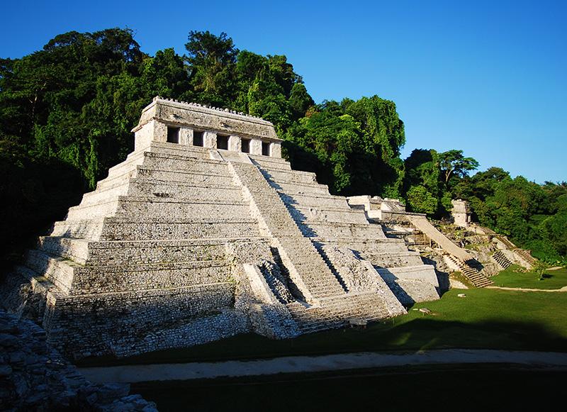 La piramide conosciuta come il Tempio delle Iscrizioni a Palenque
