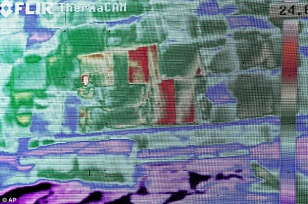 Le anomalie termiche: le pietre in rosso hanno delle temperature più alte (AP)