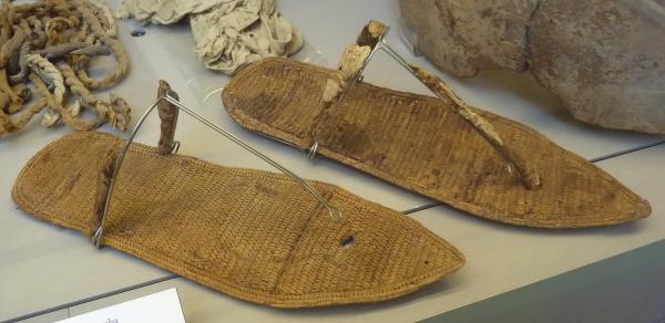 I sandali della QV66 (Museo Egizio di Torino)