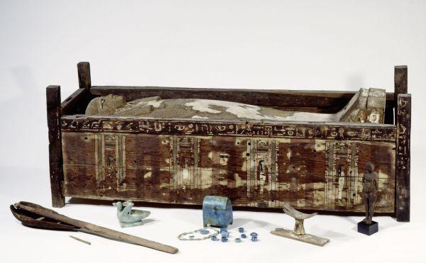 sarcofago Abusir el-Meleq