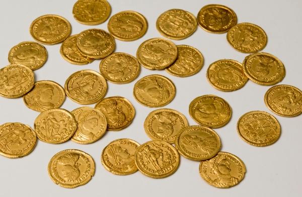 solidi impero romano maggioriano